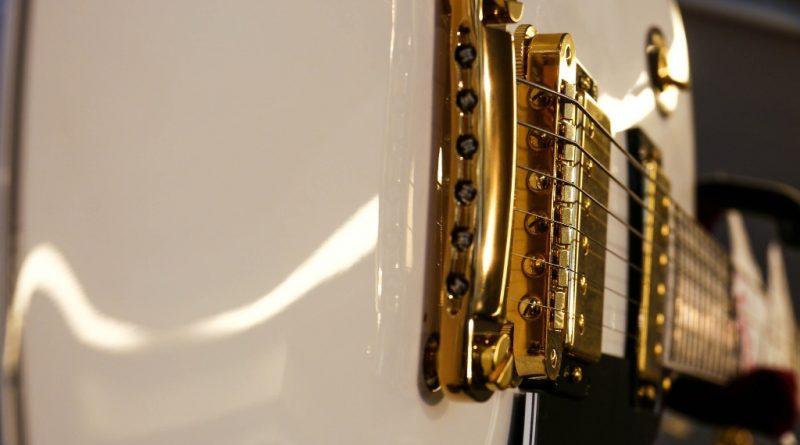 guitar-1586144