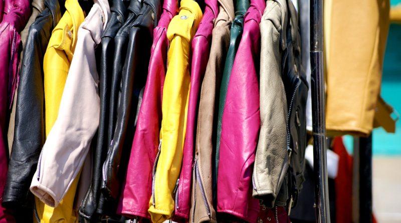 clothing-842338