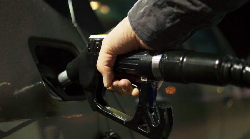 petrol-996617