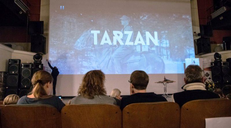 """Ostrowiecka premiera """"Tarzana – ułana z Zawichostu"""" O żołnierzu wiernym sprawie do końca (zdjęcia)"""