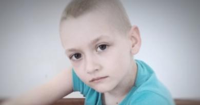 Rak trzyma w szponach moją małą córeczkę