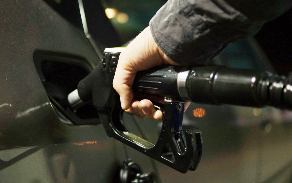 petrol-996617_1280