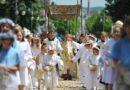 Hasztag #Procesja łączy miliony katolików na Boże Ciało