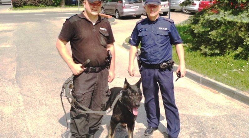 pies-policjanci