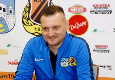 """Przemysław Cecherz rozpoczął pracę w Chojniczance. """"W KSZO miałem kapitalne warunki do pracy…"""""""