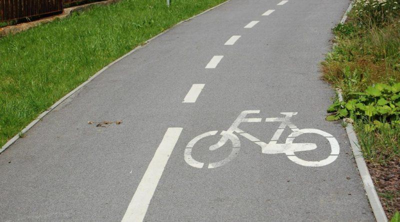 Drygulec bez ścieżki rowerowej