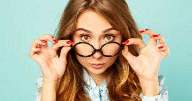 Różne rodzaje okularów. Sprawdź, jak je prawidłowo czyścić