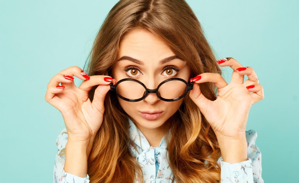 36a8b3e07a5d65 Różne rodzaje okularów. Sprawdź, jak je prawidłowo czyścić ...