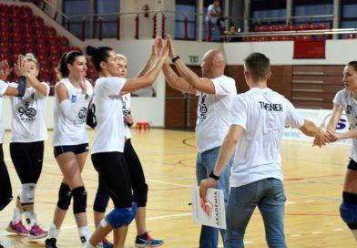 Międzynarodowy Turniej Siatkarski o Puchar Prezydenta Ostrowca Świętokrzyskiego. KSZO – Kralovo Pole Brno 3:0