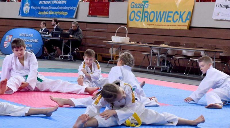 Hala Widowiskowo-Sportowa KSZO. III Świętokrzyska Olimpiada Taekwondo