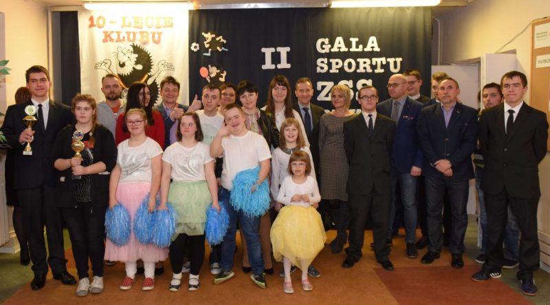 """II Gala Sportu w Zespole Szkół Specjalnych. 10-lecie Klubu Olimpiad Specjalnych """"Rywal"""""""