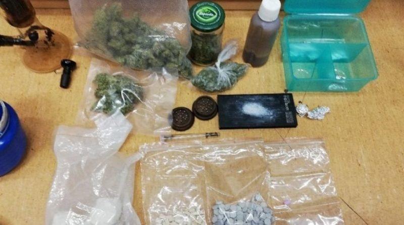 Narkotyki i gotówka