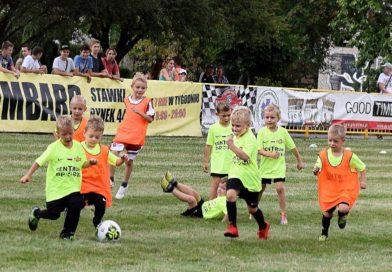 Rozpoczął się Piłkarski Turniej Ogrody 2019. Zaprezentowali się piłkarze KSZO