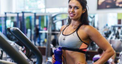 Jaki sprzęt sprawdzi się najlepiej w domowej siłowni: Orbitrek, maszyna eliptyczna, a może crosstrainer?