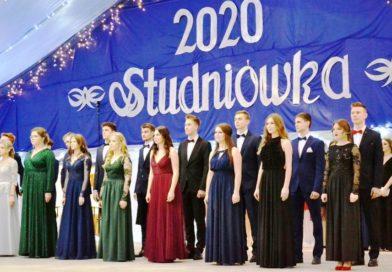 Studniówka w Liceum Ogólnokształcącym imienia Bartosza Głowackiego w Opatowie