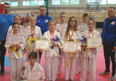 Medale ostrowieckich taekwondoków na mistrzowskiej imprezie w Białymstoku