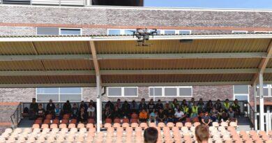 Drony nad stadionem KSZO. Pokazy naukowców z Politechniki Świętokrzyskiej (zdjęcia)