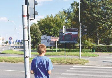 Niebezpieczeństwo przy przejściu dla pieszych