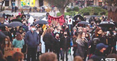 Bezpłatna pomoc prawna dla manifestantów