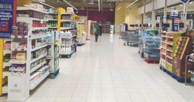 Tesco w Galerii Ostrowiec zamyka się i zwalnia pracowników