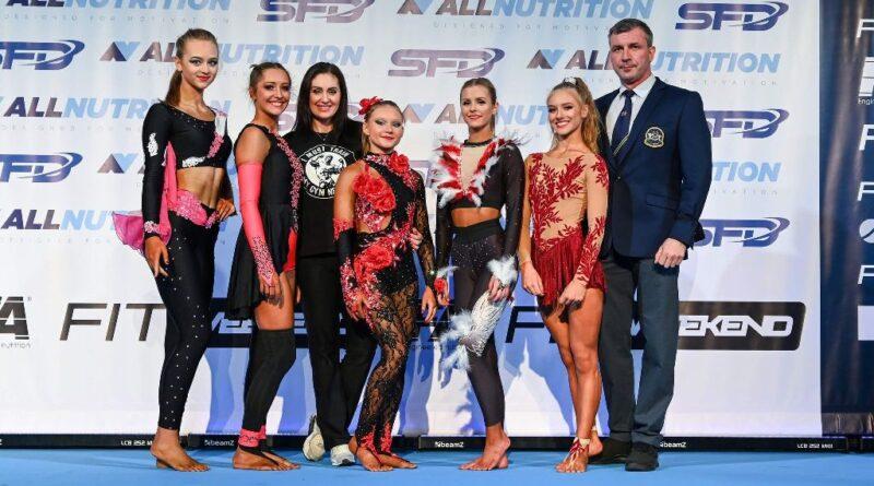 Fitnesski Black&White z medalami mistrzostw Polski lecą na mistrzostwa świata (zdjęcia)