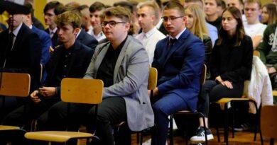 Uroczyste podsumowanie programu Erasmus+. Uczniowie otrzymali dokumenty Europass
