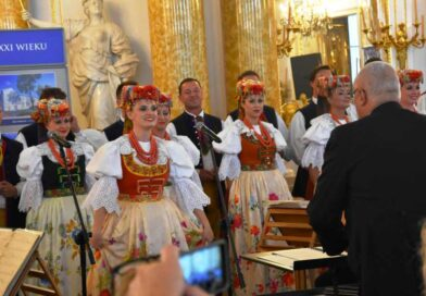 """Zespół Pieśni i Tańca """"Śląsk"""" dla ostrowieckich seniorów (zapowiedź, zdjęcia)"""